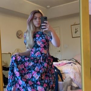 laura ashley floral dress. 80s VINTAGE!